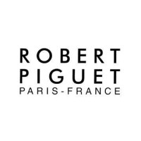 Robert Piguet -  simplicity and an unerring sense of style.